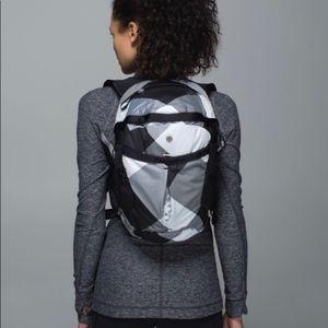 Lululemon Run All Day Backpack Black & White